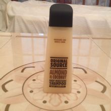 Original Source Almond & Coconut Shampoo - 250ml